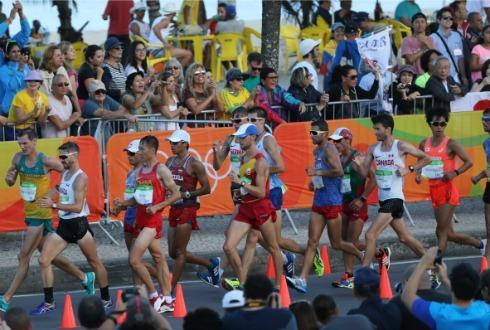 China ganó oro y plata en 20 km de caminata