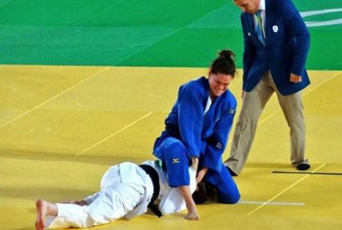 Judoca mexicana gana oro en Paralímpicos