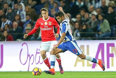 Benfica y Jiménez apagan la fiesta del Porto