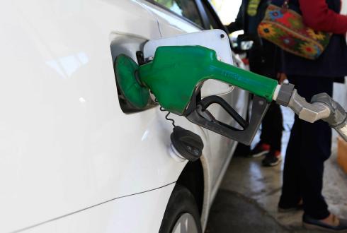 Gasolina Magna y Premium sube un centavo este fin de semana