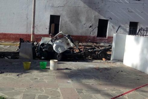Explota camioneta cargada con pirotecnia en Chiquilistlán