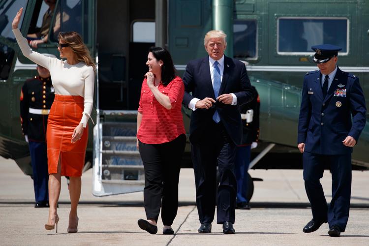 Arriba avión presidencial de Donald Trump a Arabia Saudita