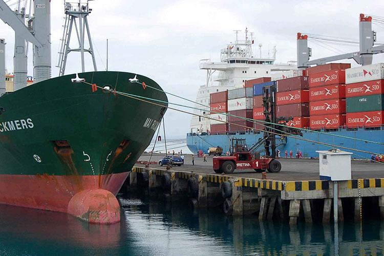 Exportaciones crecen 3.6 % anual en abril: INEGI