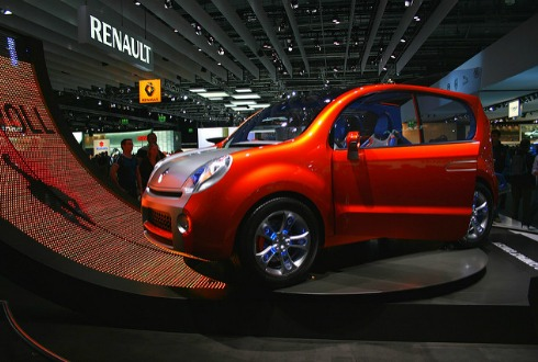 Imponen multa a Renault por más de 17 mdp
