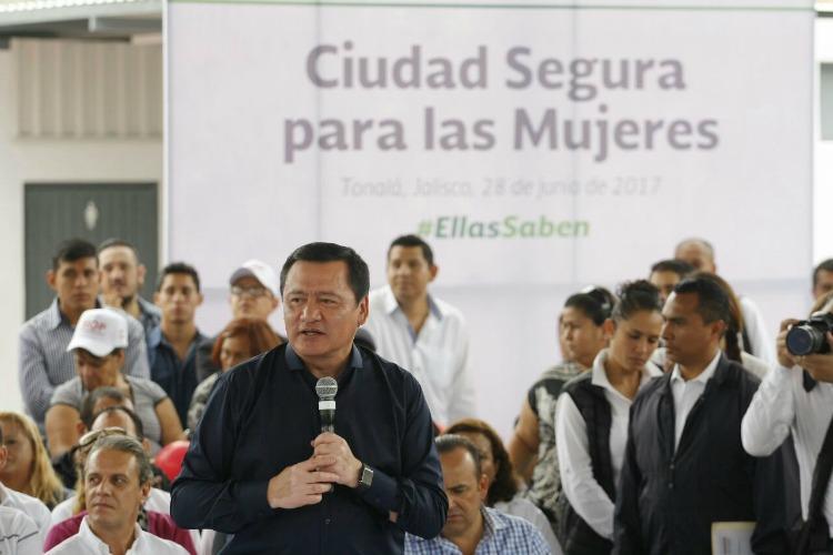 Tarea de todos, erradicar violencia contra las mujeres: Osorio