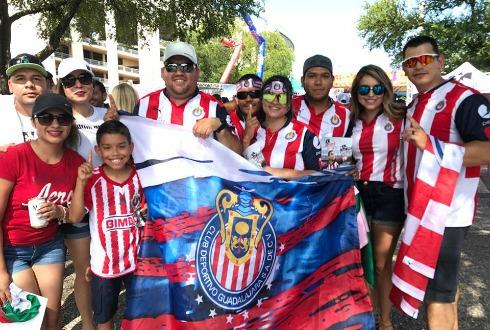 Vapulean a Chivas en su primer amistoso