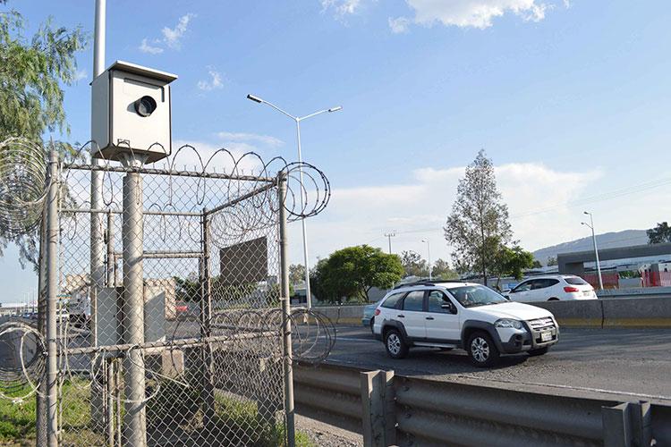 Cancelan contrato para operar fotomultas a Autotraffic