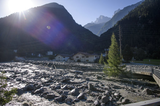 Suiza: 8 personas desaparecieron por un deslizamiento de rocas