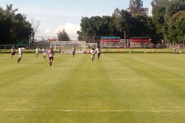 Chivas Femenil le metió seis goles a Santos