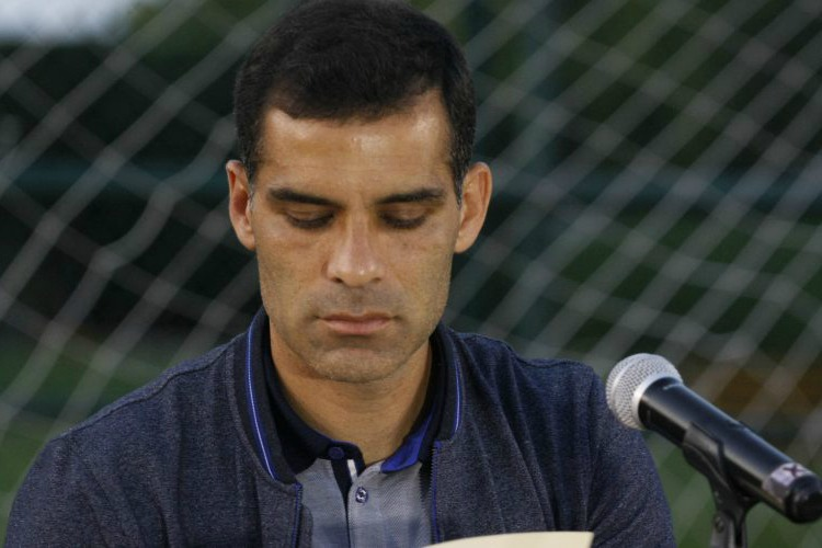 Rafael Márquez solicitó un amparo para asegurar sus empresas