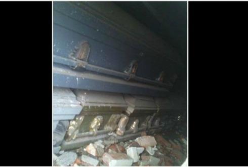 Encuentran 17 ataúdes en bajopuente de Tlalnepantla