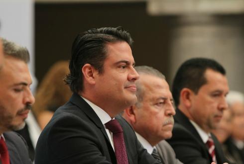 Obrador donará 20% del gasto de campaña de Morena a damnificados