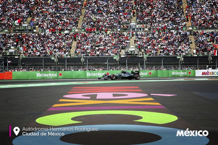Valtteri Bottas y Lewis Hamilton los más rápidos en primeras prácticas