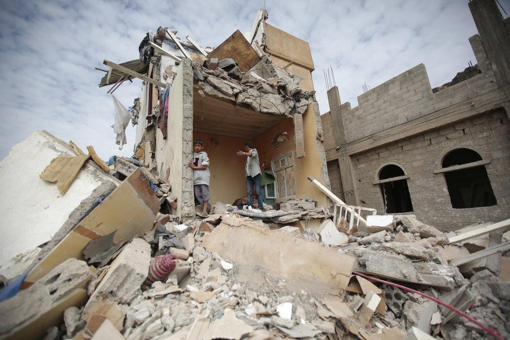 Arabia Saudita pone fin al bloqueo temporal a Yemen para permitir ingreso de ayuda humanitaria