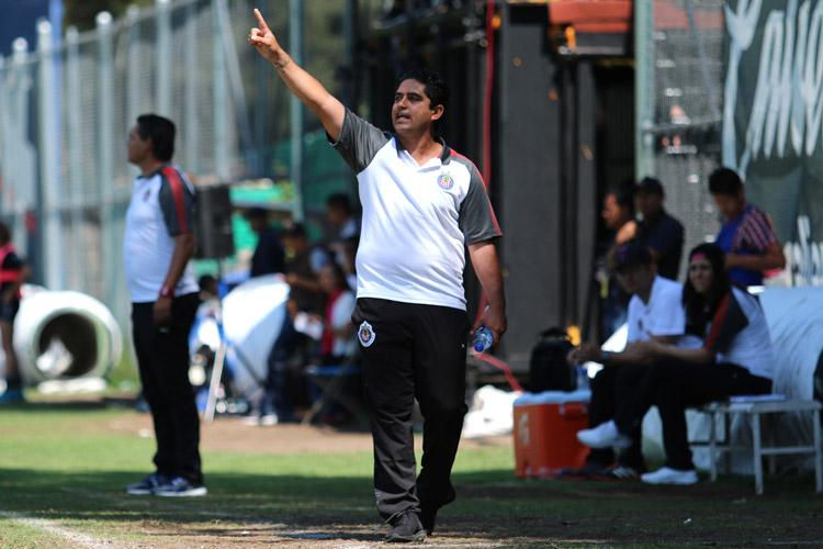 Chivas femenil baila al América y avanza a Final