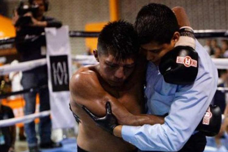 Falleció el boxeador salvadoreño Francisco 'Pantera' Ruiz