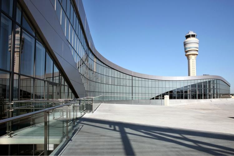 Apagón obliga a cancelar vuelos en aeropuerto de Atlanta