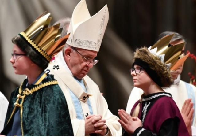 El Papa reza por futuro de los inmigrantes