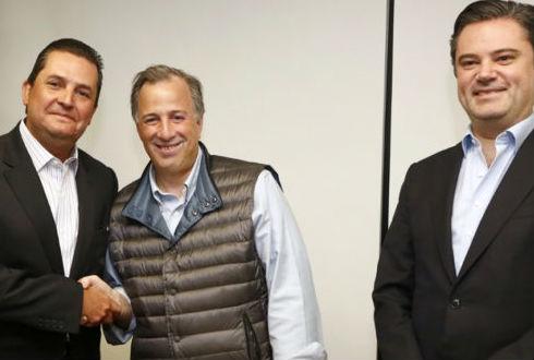Meade da bienvenida a Francisco Guerrero, su vicecoordinador de Análisis