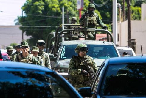 Enfrentamiento entre civiles y marinos deja al menos tres muertos