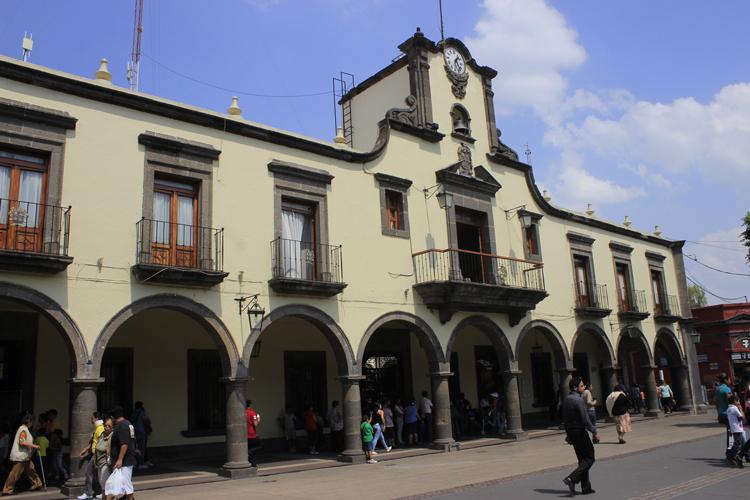 Marchan en Guadalajara por los tres estudiantes que fueron secuestrados