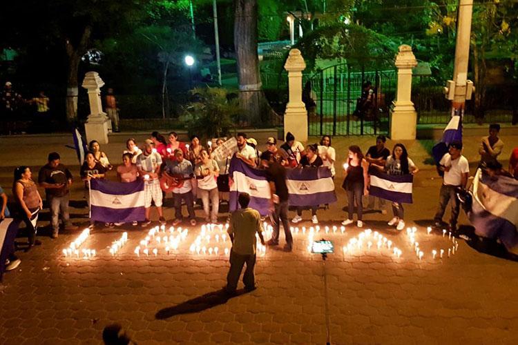 Nicaragua saca del aire canales de TV por transmitir protestas