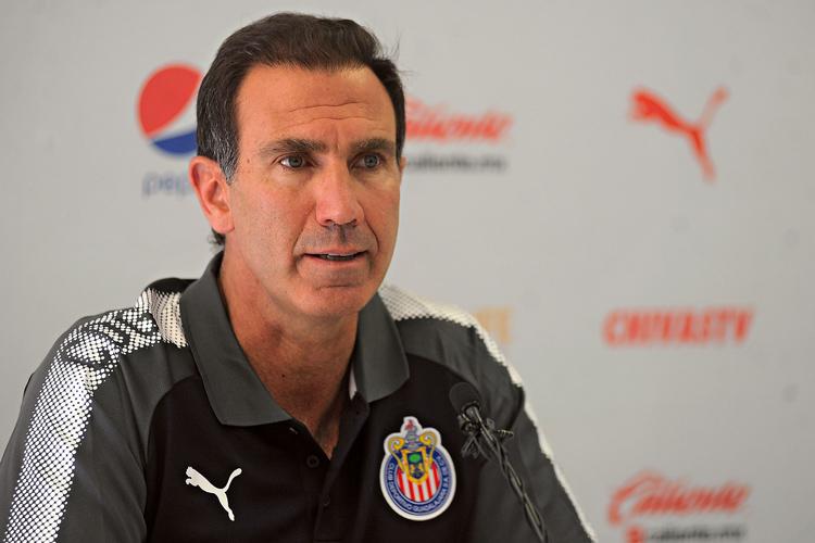 ¡AGÁRRENSE! | Rodolfo Cota saldrá de Chivas pero no iría a Pachuca
