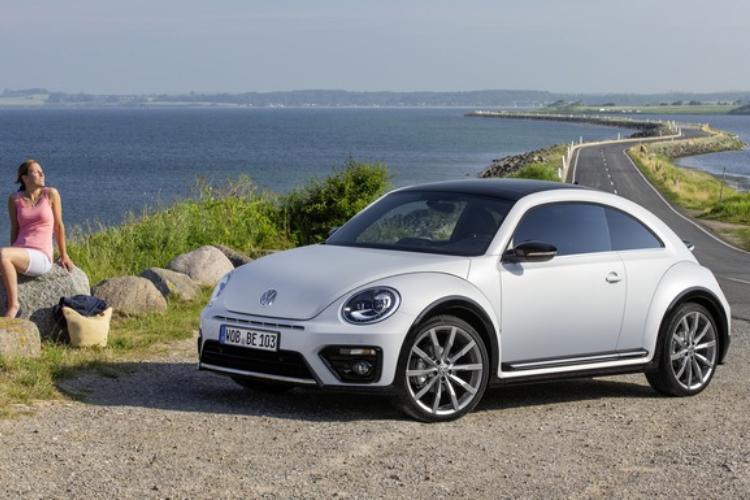 El icono de Volkswagen dirá adiós en 2019 — Adiós Beetle