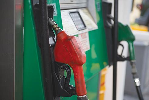 Hacienda analizará con gasolineros precios de los combustibles