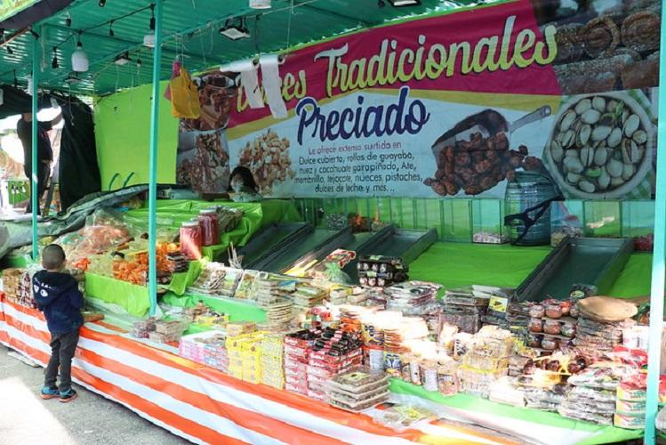 Guadalajara condonará pago de impuestos en tianguis y mercados