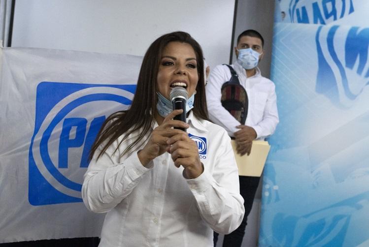 Rosario Velázquez se registra como precandidata del PAN a la presidencia de Tlaquepaque