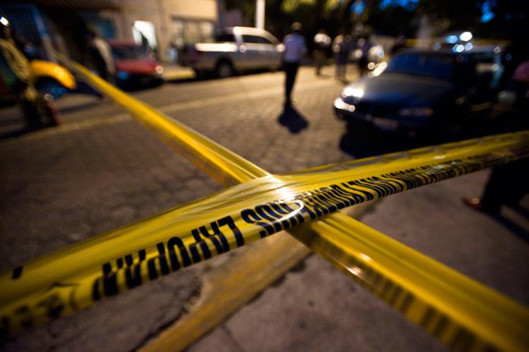 Choca luego de agresión con arma de fuego en bar